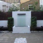 Cascada de zid cu zona de relaxare