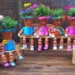 Decoratiuni colorate din vase de flori