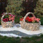 Suporturi de flori in forma de cosuri