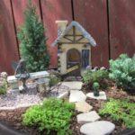 Casuta si gradina in miniatura