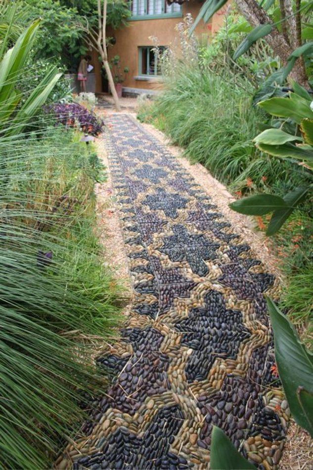 Mozaic alee din pietre