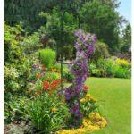 Obelisc suport de flori