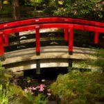 Pod din lemn si ciment pentru gradina
