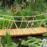 Pod mic din lemn pentru gradina