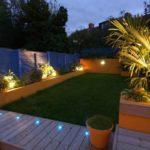 Spoturi si lumini pentru gradina