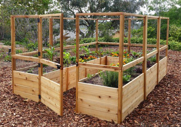 Straturi inaltate din lemn pentru legume