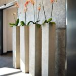 Vase de flori din ciment pentru terasa