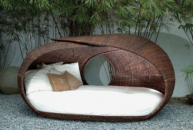 Canapea ovala pentru gradina