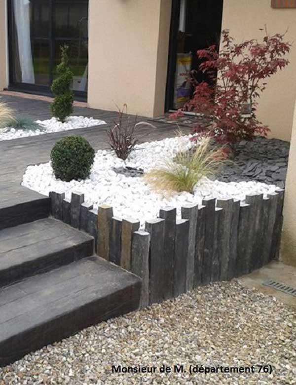 Decor terasa cu pietris alb si arbusti