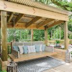 Leagan din lemn pentru terasa
