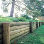 Zid de sprijin din barne de lemn
