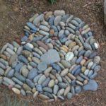 Alee cu inimoare din piatra