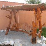 Balansoar rustic din crengi de copaci