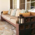 Canapea din caramizi