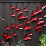 Decor gard cu fluturi