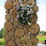 Decoratiune gradina din lemn si flori