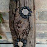 Decoratiune rustica din pietre si lemn