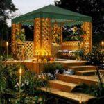 Foisor de lemn cu luminite