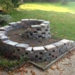 Gradina in spirala din piatra