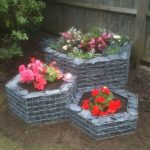 Jardiniere din gabioane