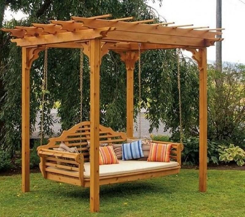 Pergola din lemn cu balansoar