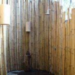 Cabina de dus din bambus
