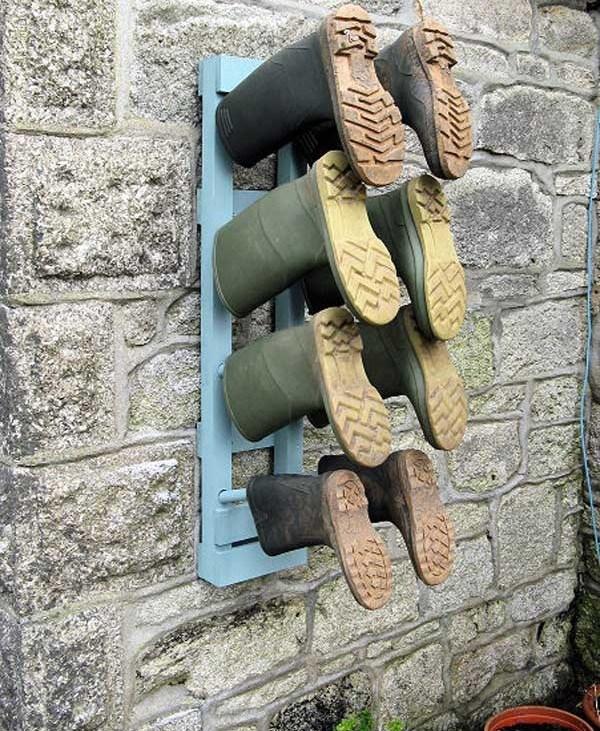 Depozitare cizme cauciuc