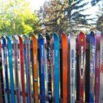 Gard din schiuri vechi