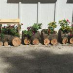 Jardiniera rustica in forma de trenulet