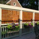 Paravan din lemn pentru terasa