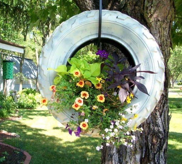 anvelopa uzata transformata in jardiniera